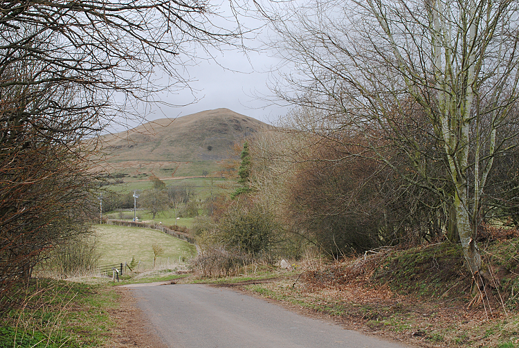 Dufton Pike from Lane to Knock